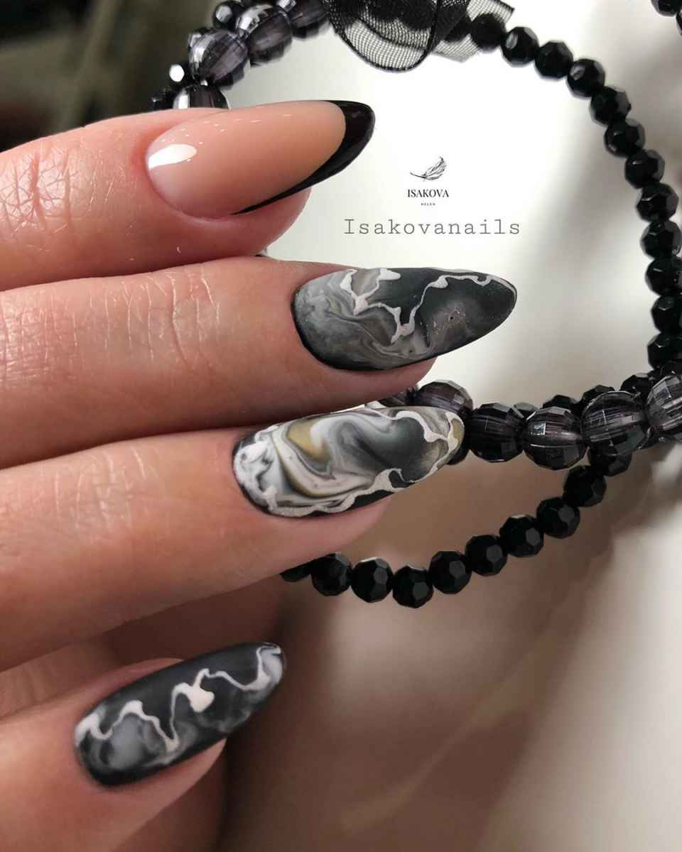 Фантазийные текстуры на ногтях фото_35