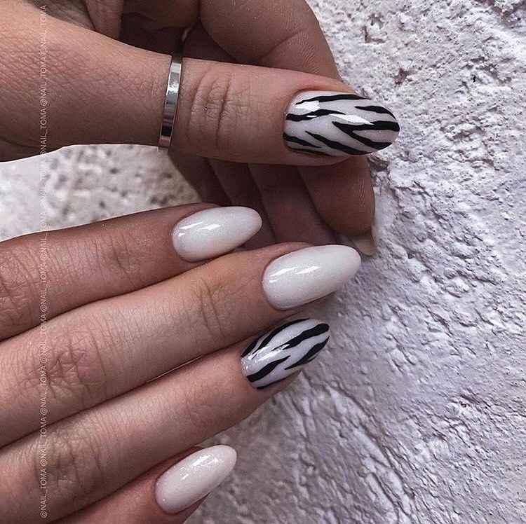 Зебра на ногтях фото_9