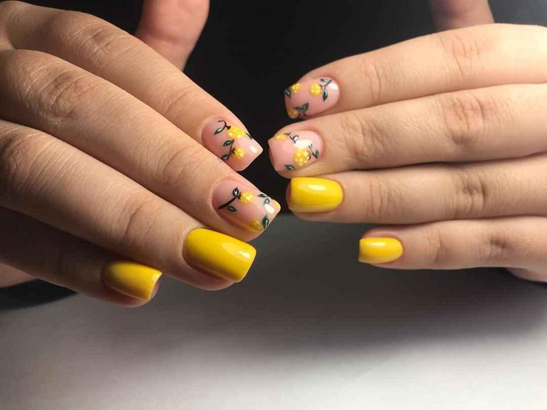 Маникюр с лимоном на короткие ногти фото_10