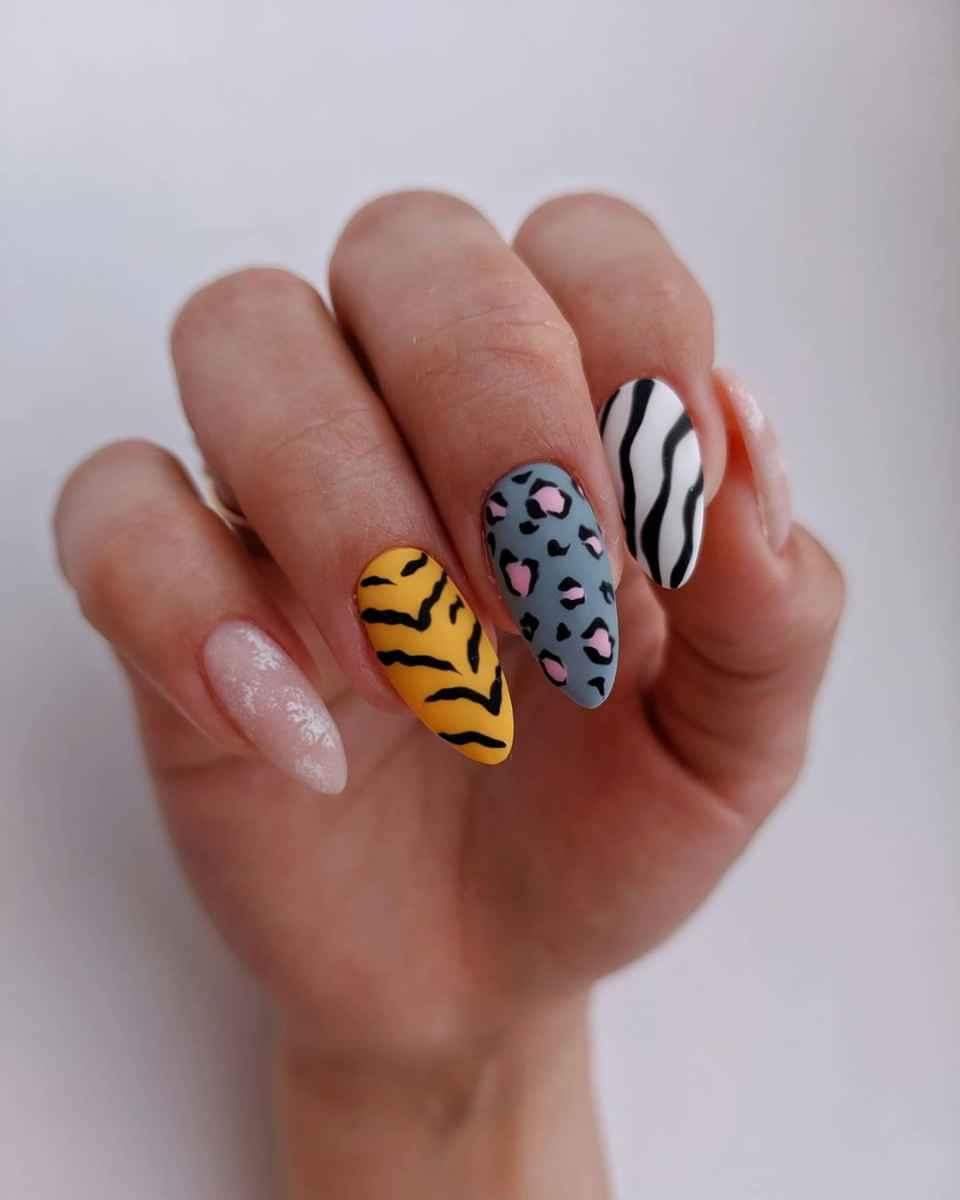 Зебра на ногтях фото_15