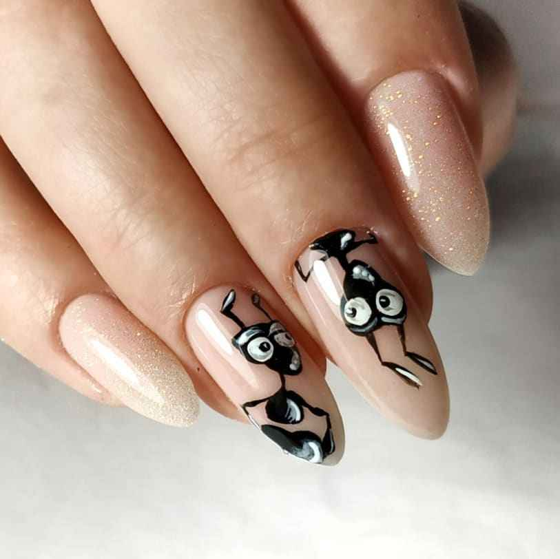 Муравьи на ногтях фото_12