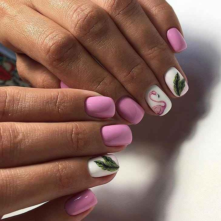 Маникюр с папоротником и фламинго фото_9