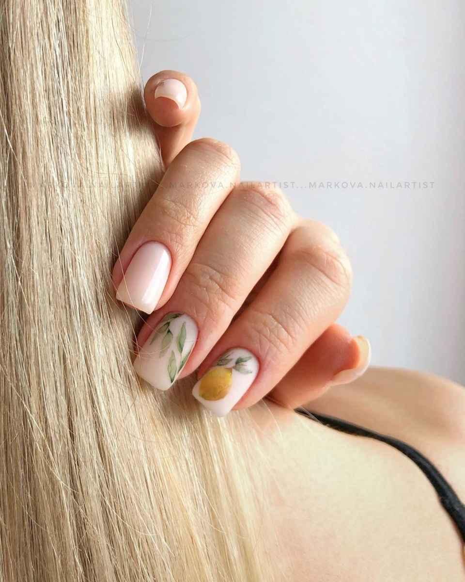 Маникюр с лимоном на короткие ногти фото_7