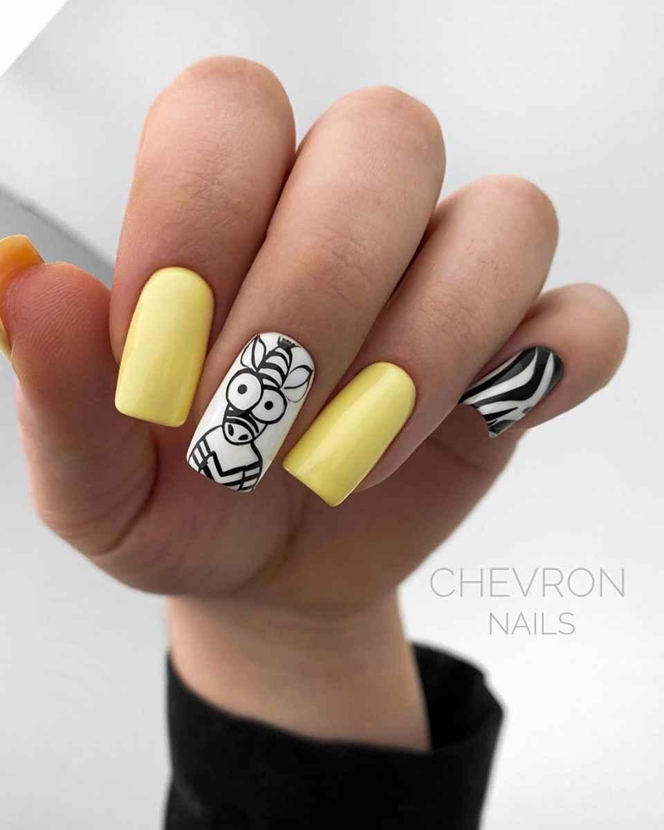 Зебра на ногтях фото_44