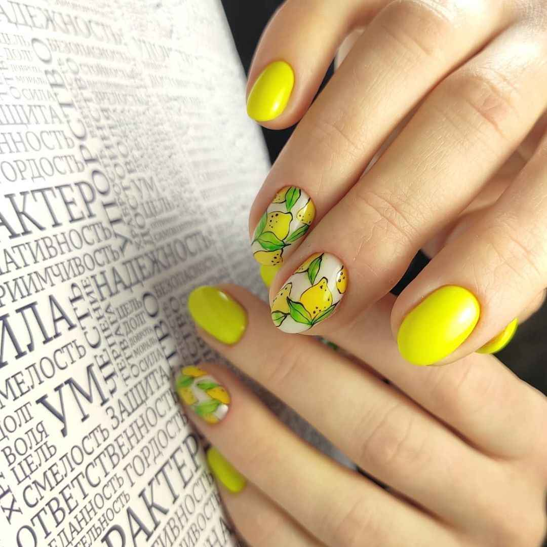 Маникюр с лимоном на короткие ногти фото_6