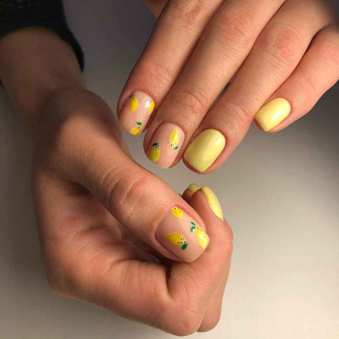 Маникюр с лимоном на короткие ногти фото_8