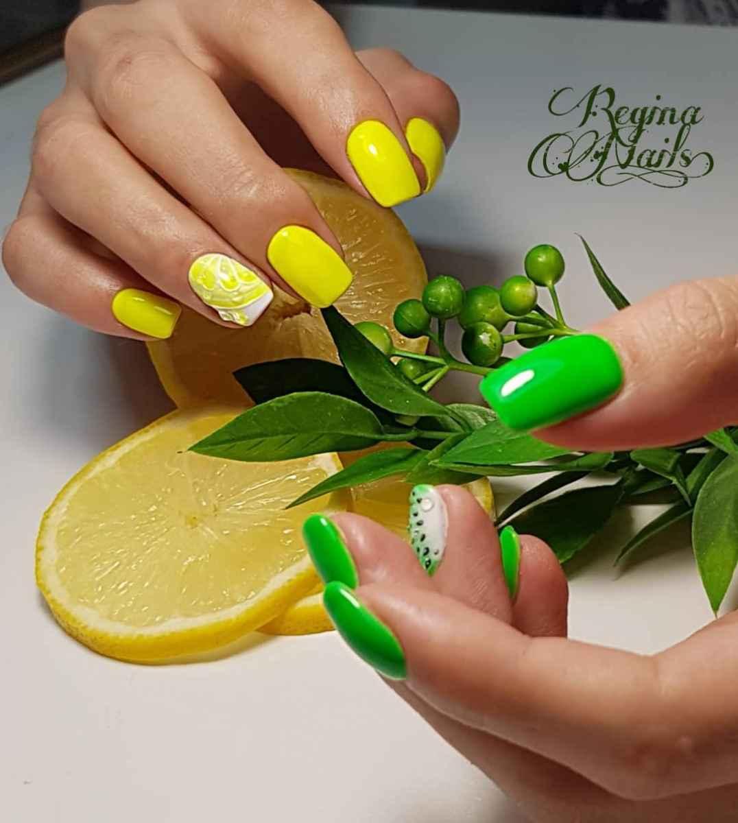Маникюр с лимоном и киви на короткие ногти фото_3