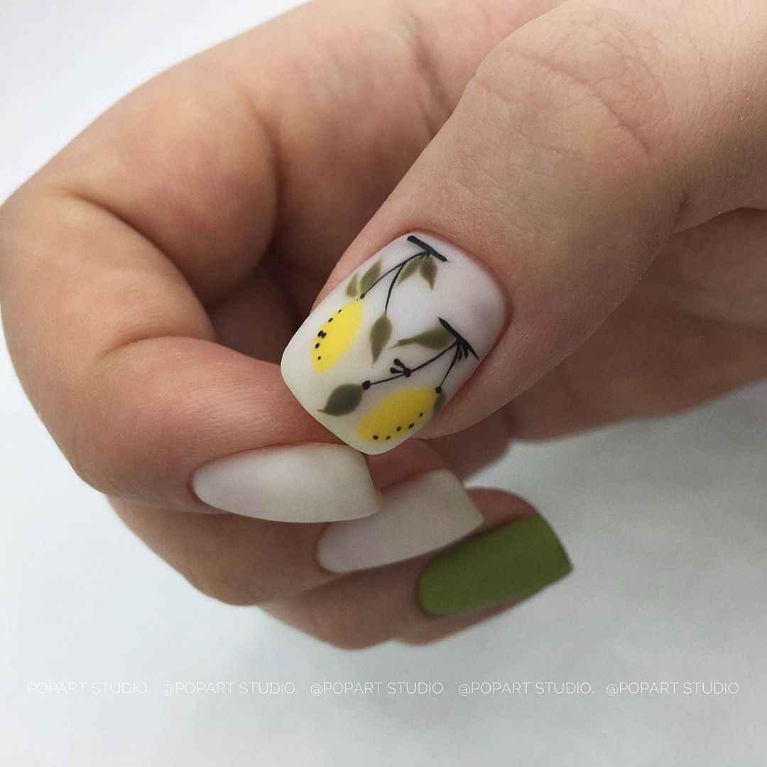 Маникюр с лимоном на короткие ногти фото_11