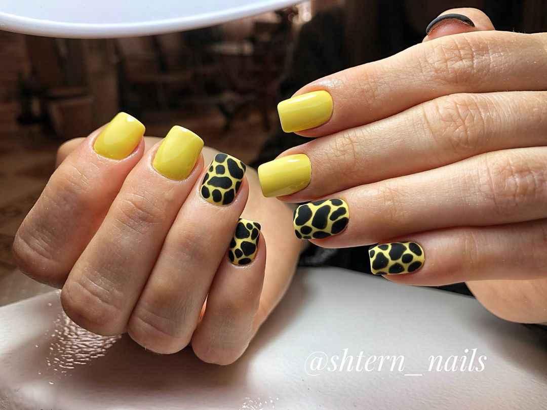 жираф на ногтях фото_29