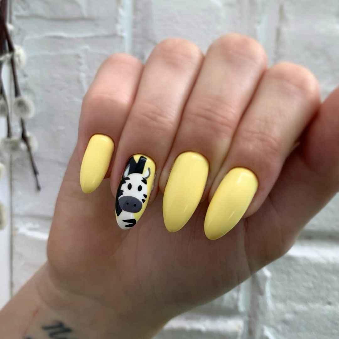 Зебра на ногтях фото_39