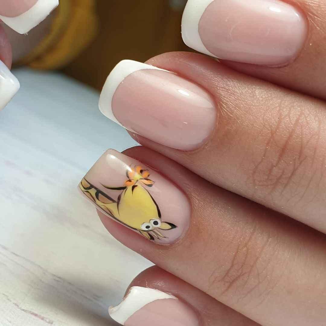 жираф на ногтях фото_21