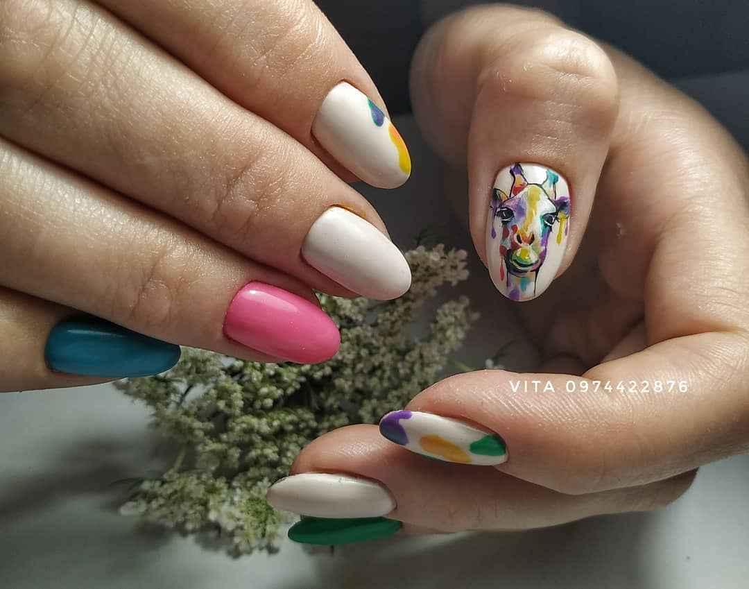 жираф на ногтях фото_40