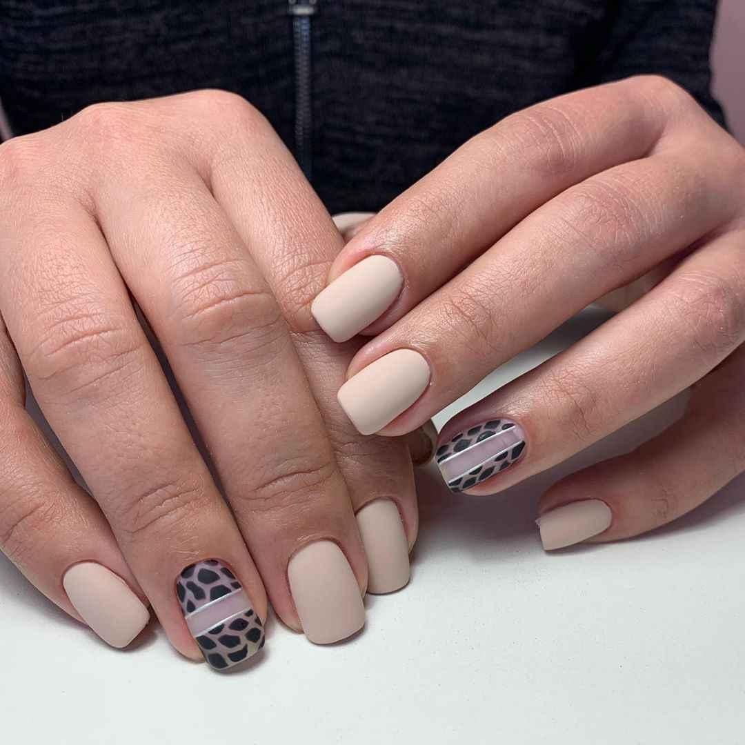 жираф на ногтях фото_30