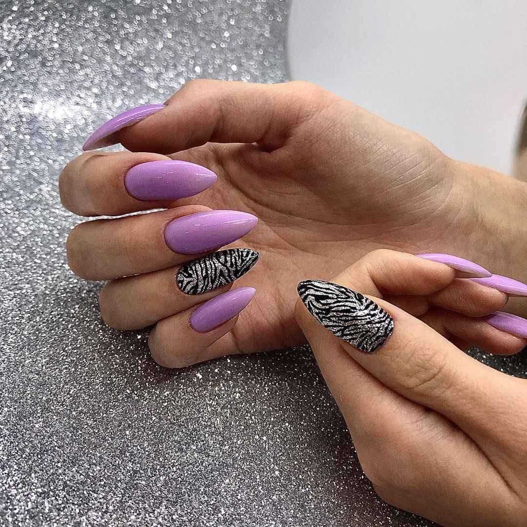 Зебра на ногтях фото_6