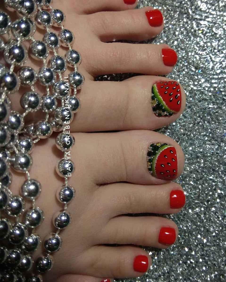 Педикюр с фруктами и ягодами фото_Педикюр с фруктами и ягодами фото_8
