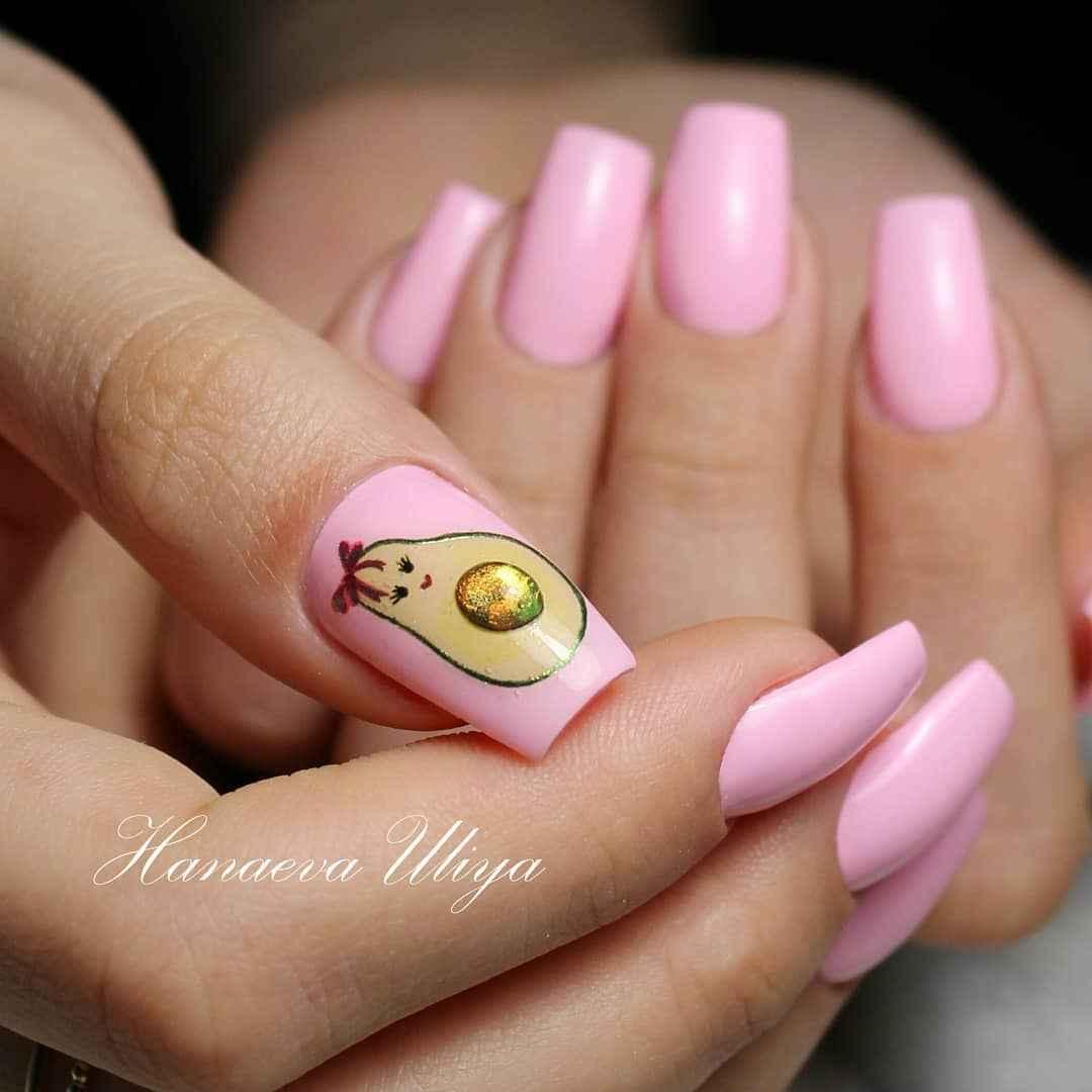 Маникюр с авокадо на одном пальце фото_1