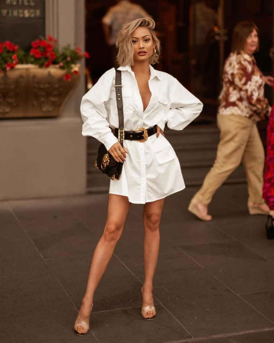 С чем носить белую рубашку оверсайз фото_1