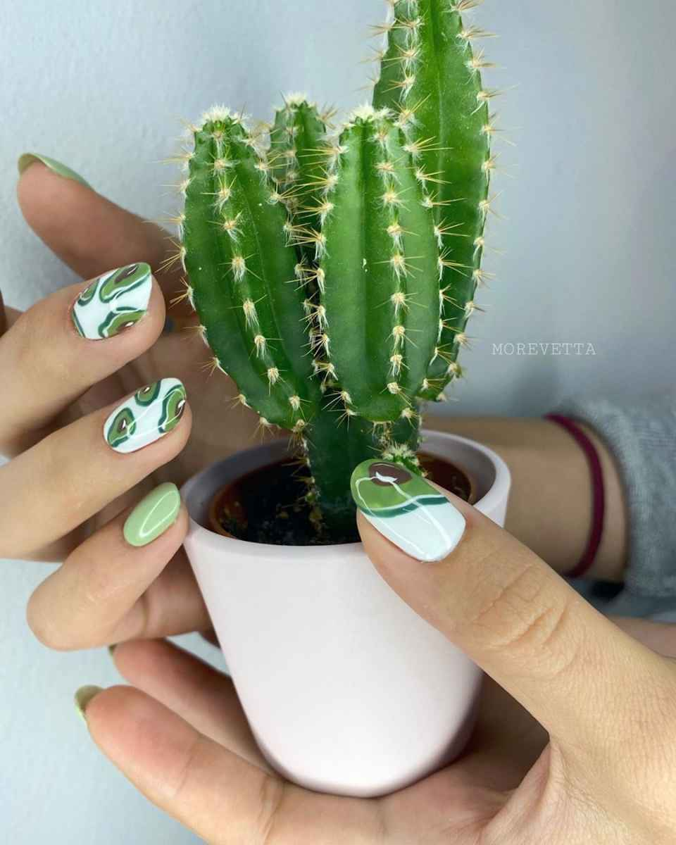 маникюр с авокадо на короткие ногти фото_7