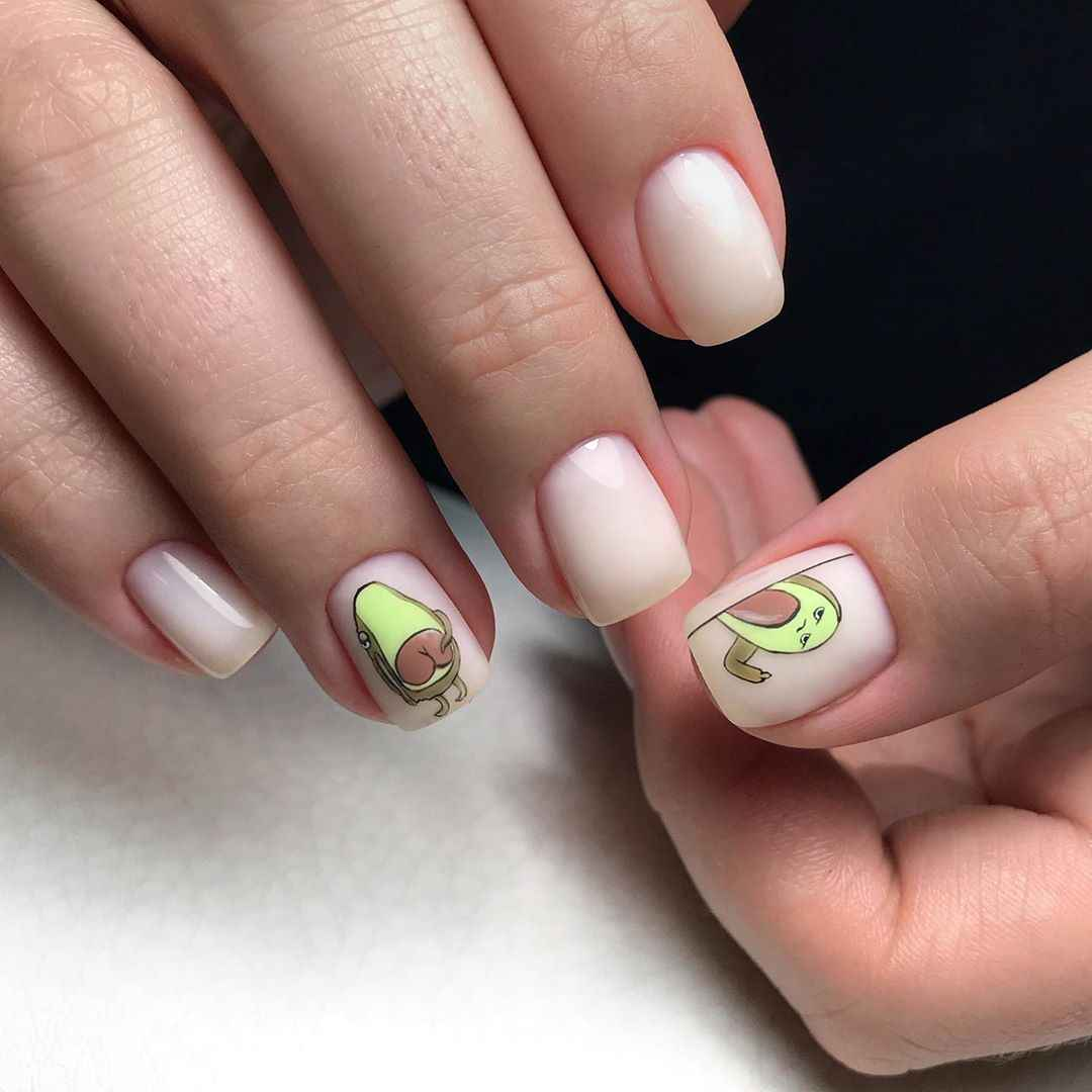 маникюр с авокадо на короткие ногти фото_2