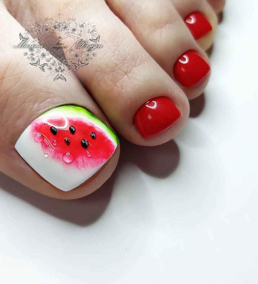 Педикюр с фруктами и ягодами фото_12