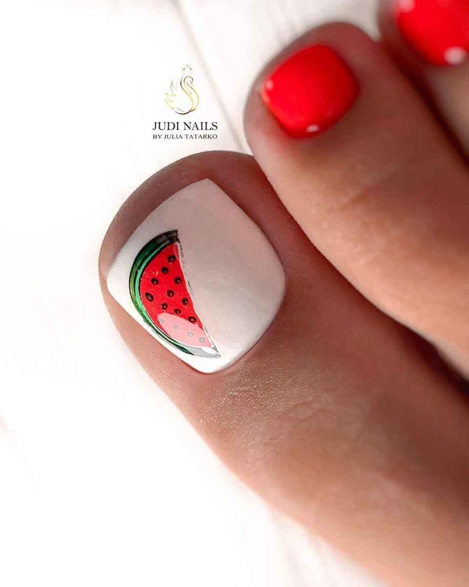 Педикюр с фруктами и ягодами фото_22