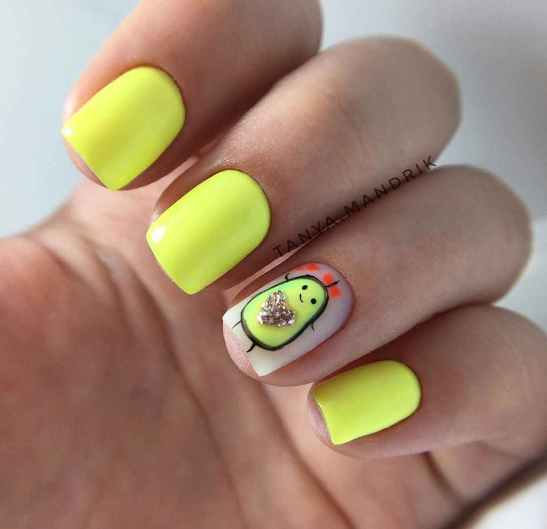 Маникюр с авокадо на одном пальце фото_15