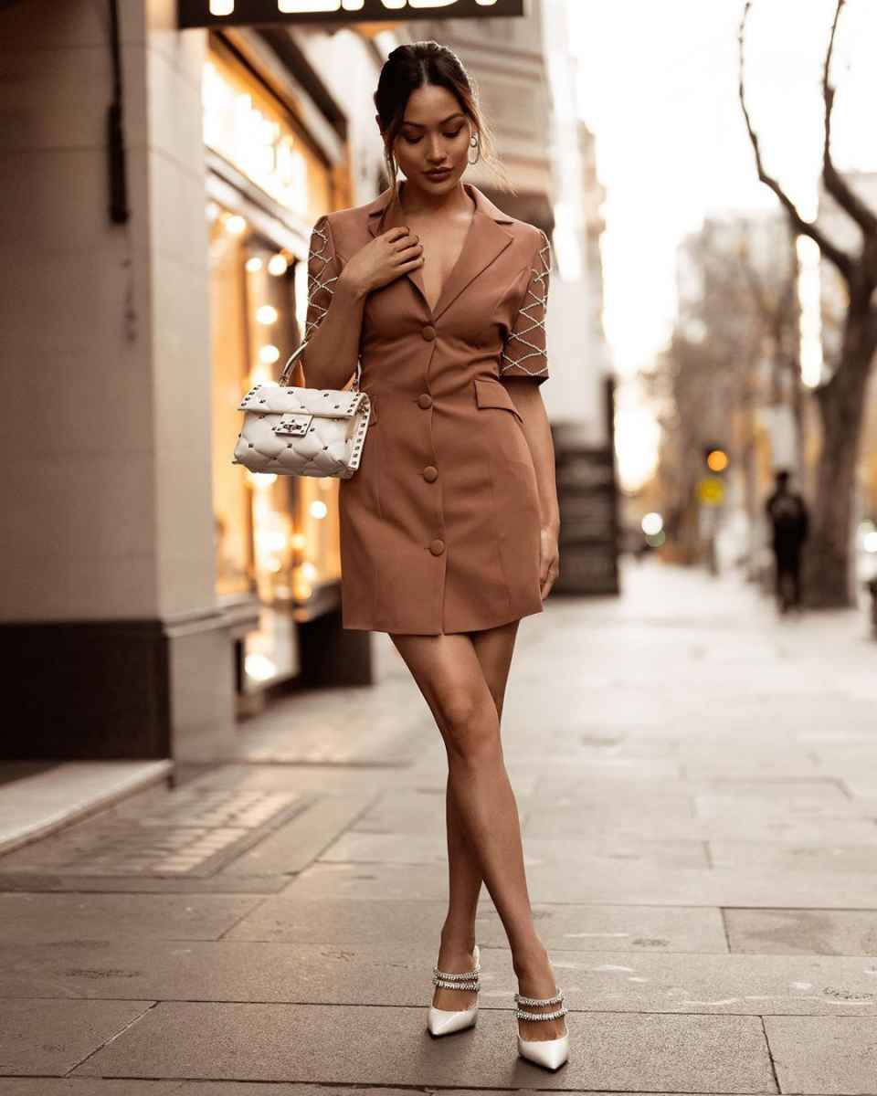 Модные платья лето 2020 для женщин 30 лет фото_4