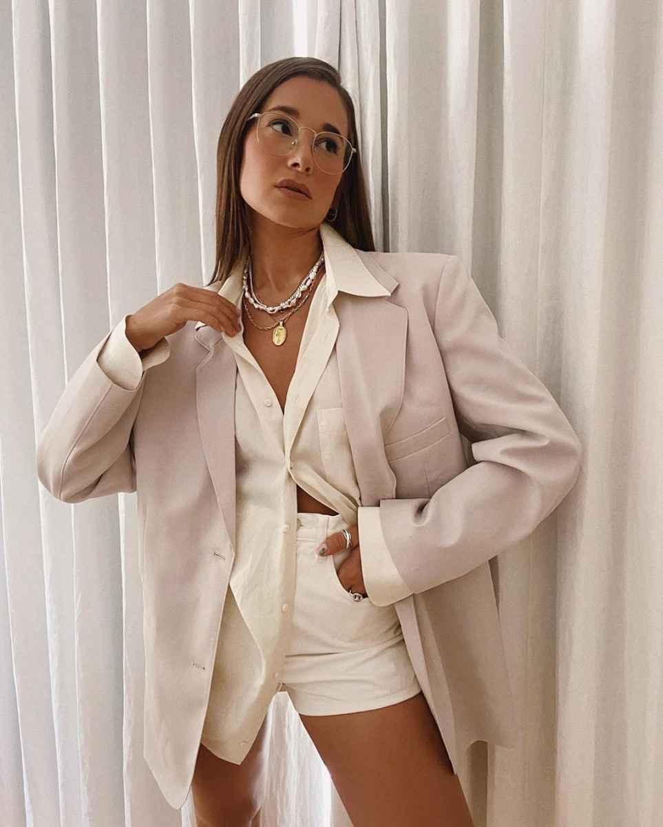 Базовый гардероб для девушки 20 лет фото_8