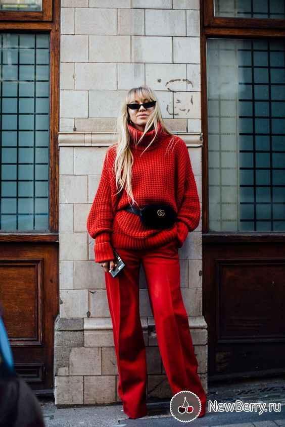 С чем носить красный свитер фото_20