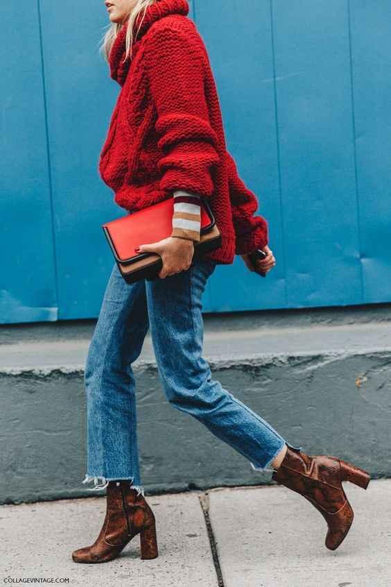С чем носить красный свитер фото_18