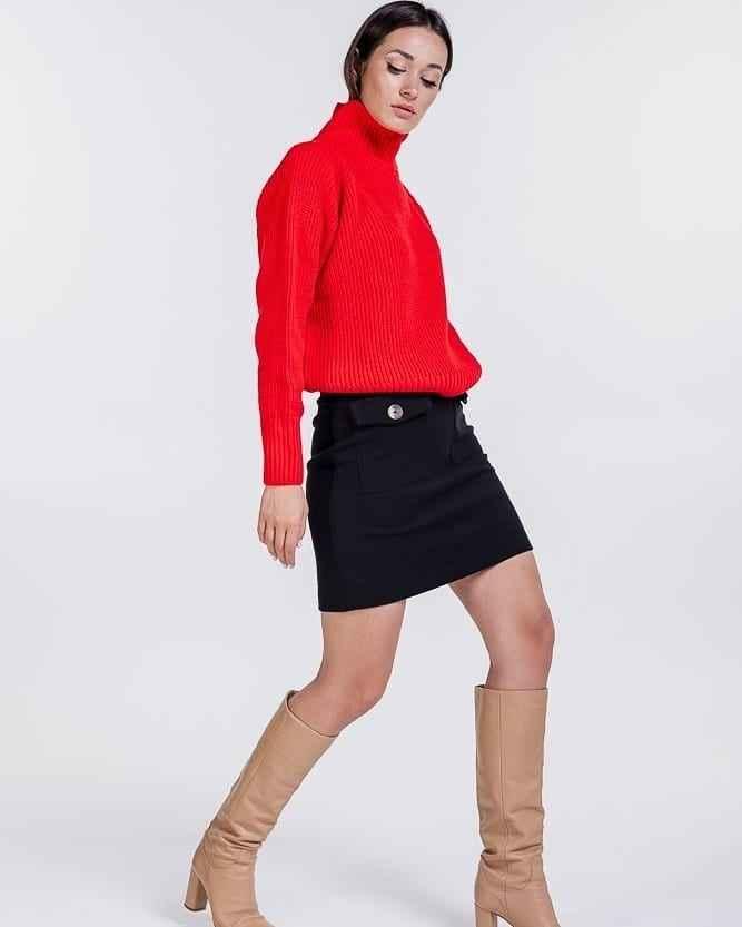 С чем носить красный свитер фото_51