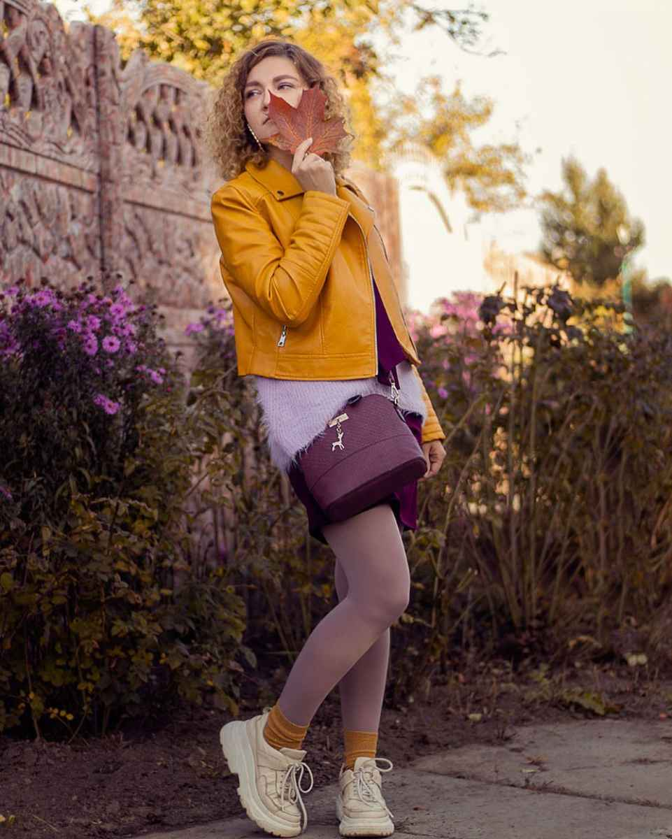 С чем носить желтую куртку фото_28