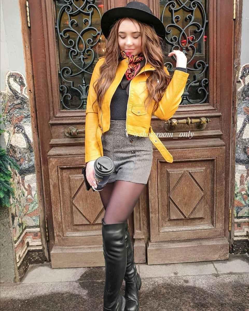 С чем носить желтую куртку фото_24
