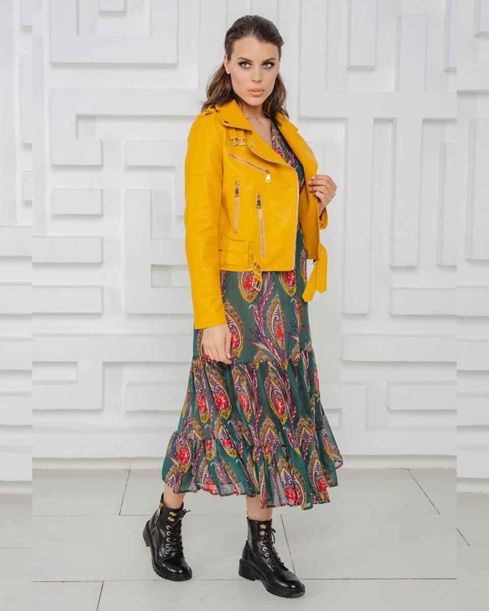 С чем носить желтую куртку фото_27
