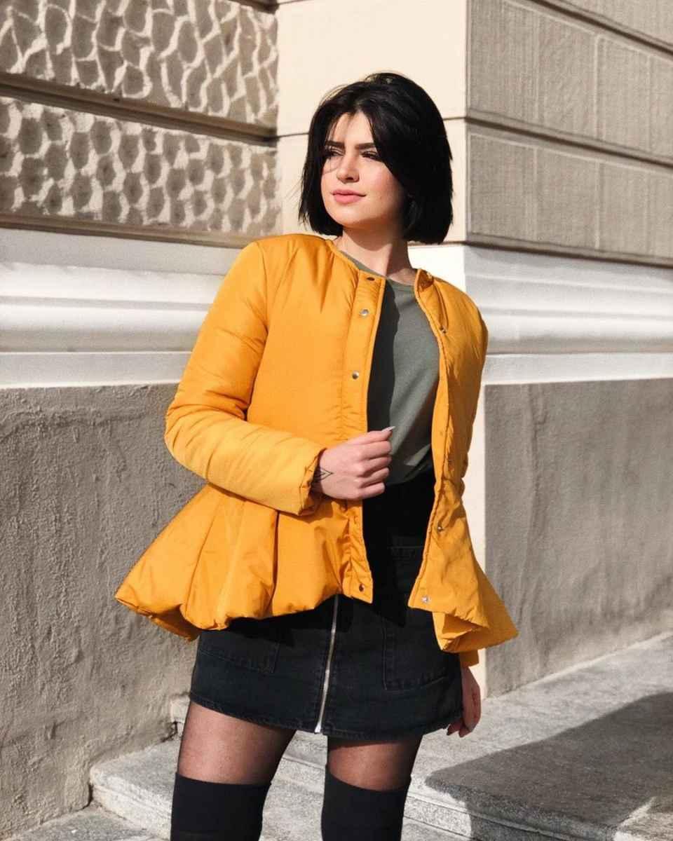 С чем носить желтую куртку фото_18