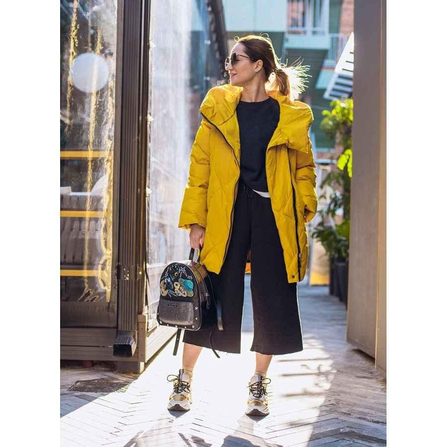С чем носить желтую куртку фото_32