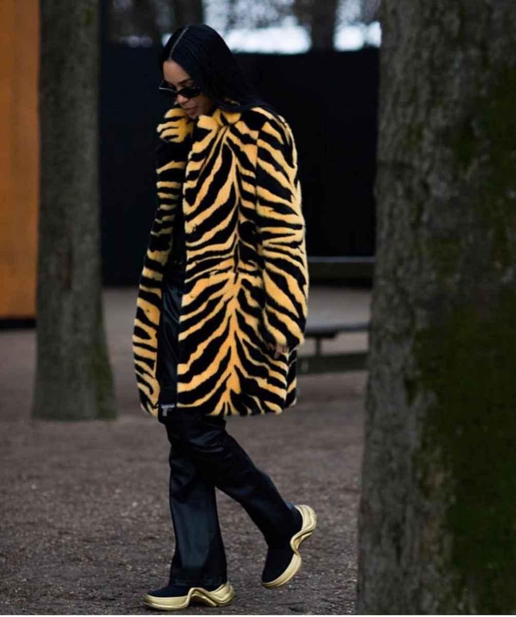 Модные фасоны пальто осень-зима 2020-2021 фото_16