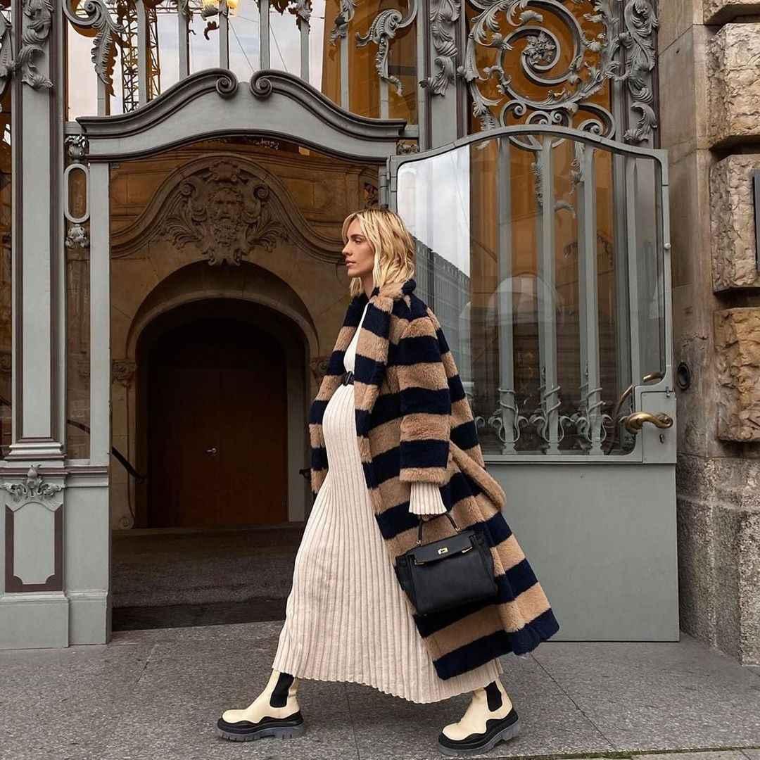 Модные фасоны пальто осень-зима 2020-2021 фото_25