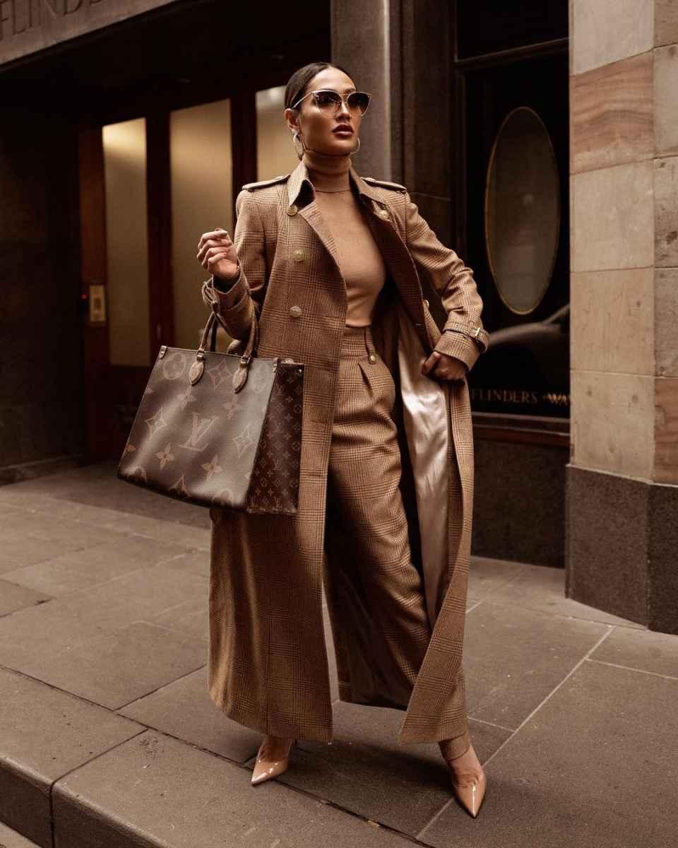 Модные фасоны пальто осень-зима 2020-2021 фото_11