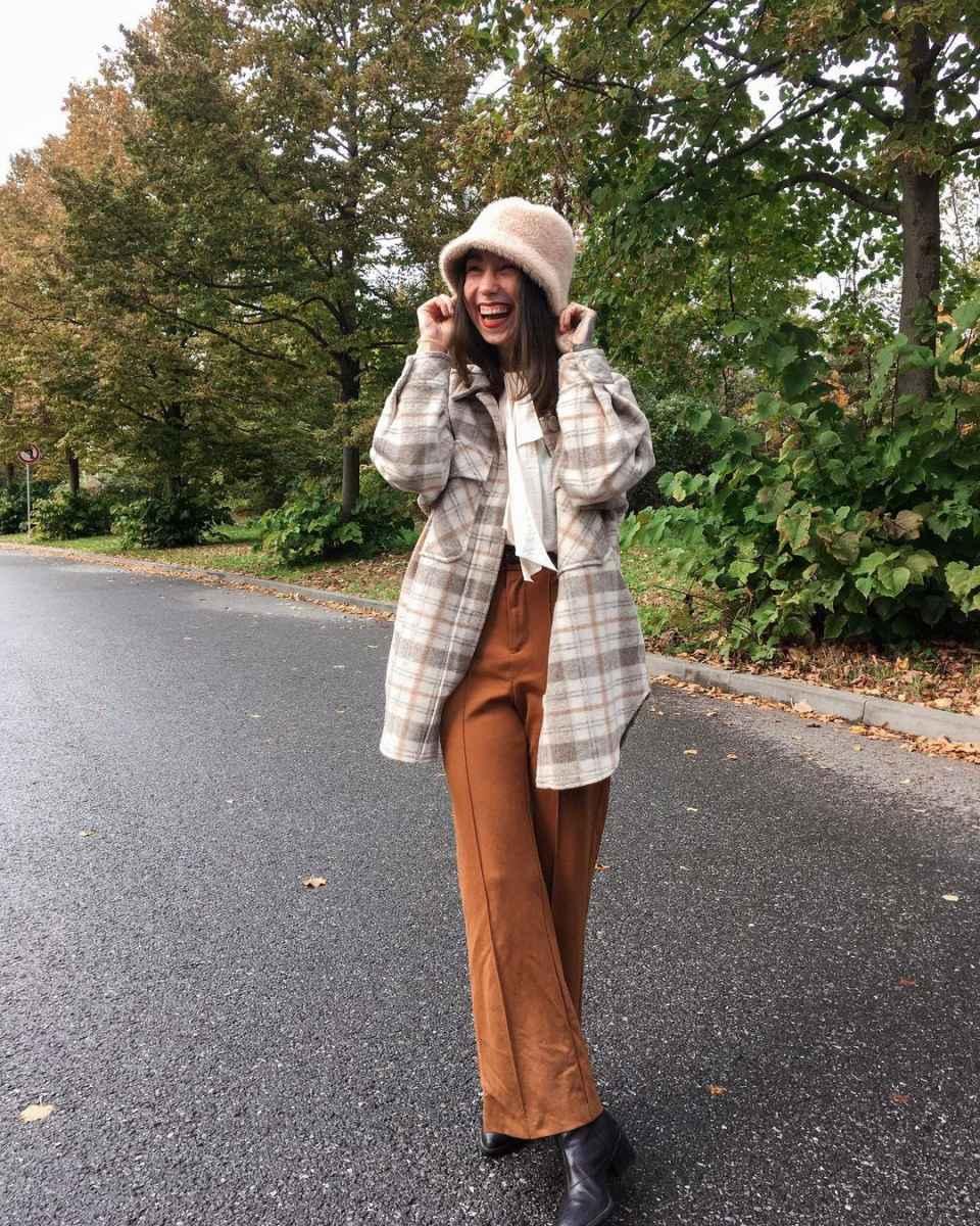 С чем носить панаму женскую осенью и зимой фото_11