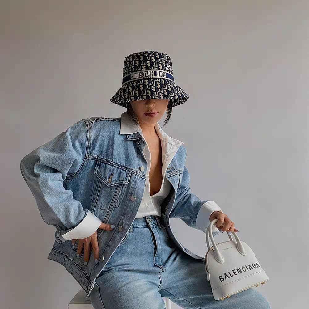 С чем носить панаму женскую осенью и зимой фото_54
