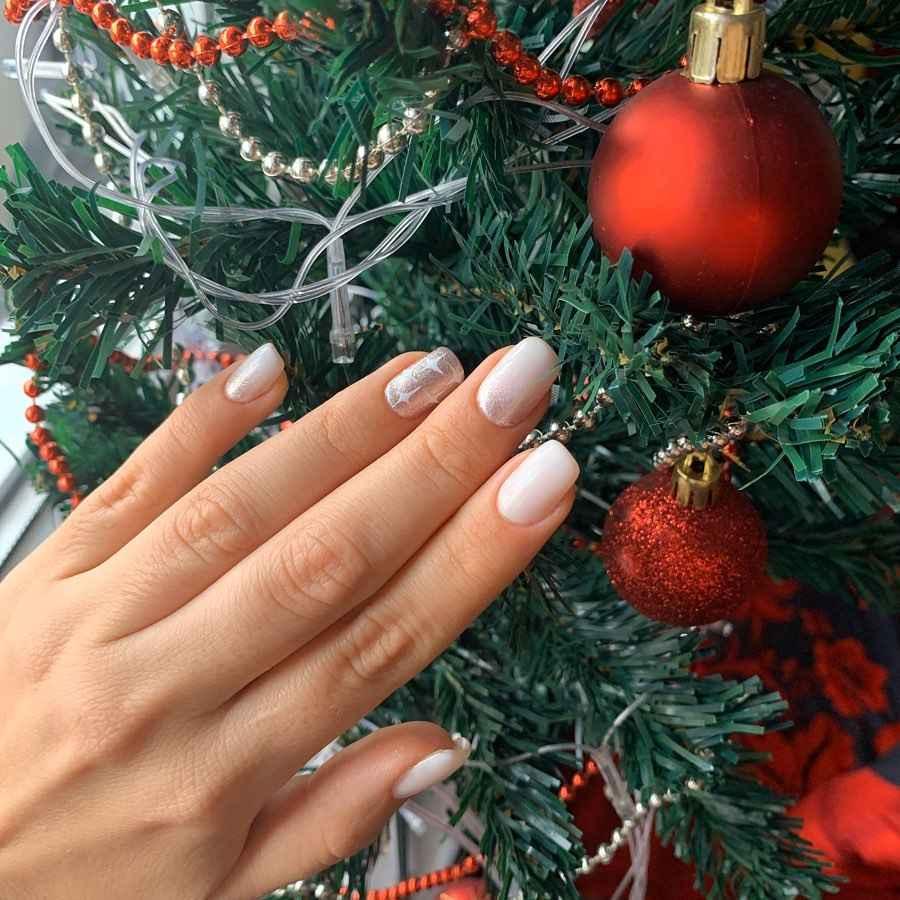 Модный маникюр декабрь 2020 фото_1