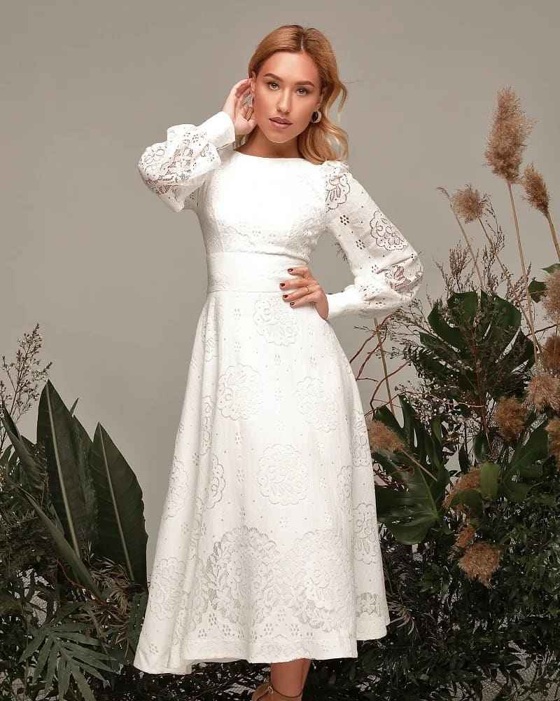 Модные белые платья для Нового Года 2021 фото_9