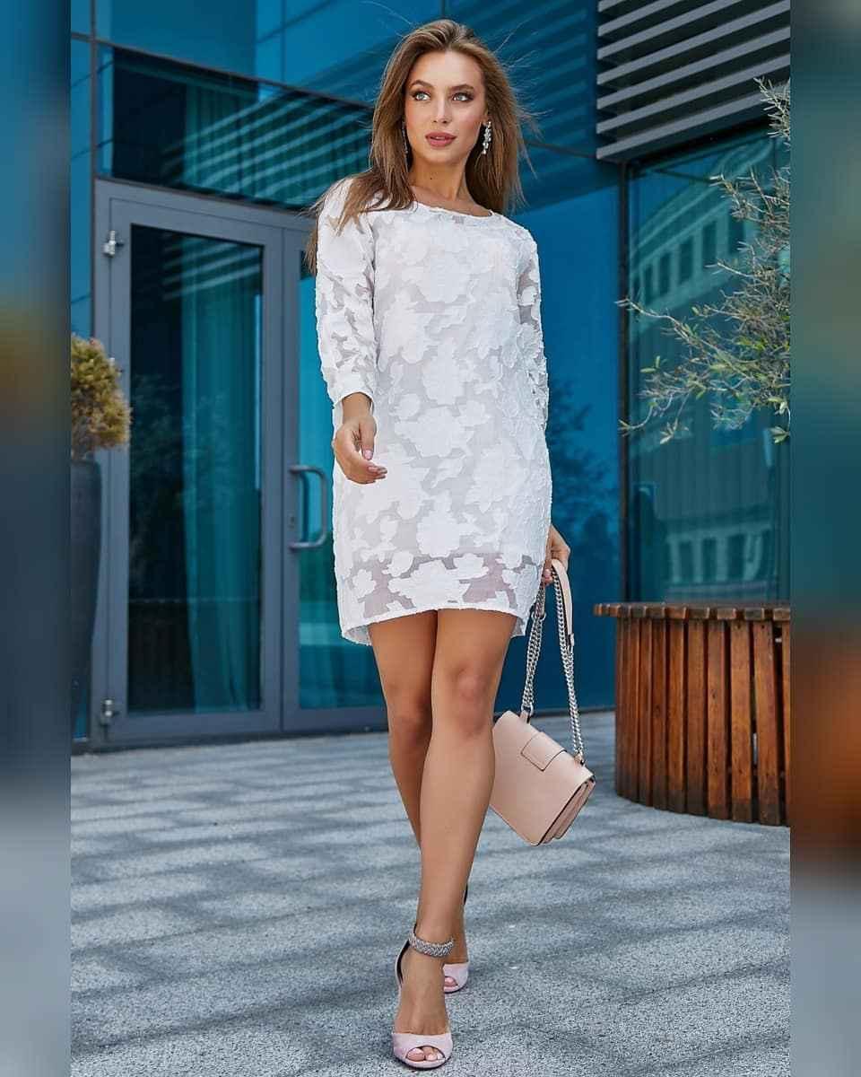 Модные белые платья для Нового Года 2021 фото_7