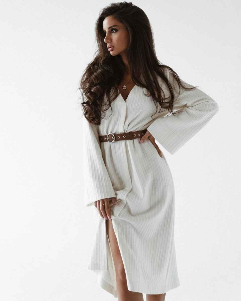 Модные белые платья для Нового Года 2021 фото_17