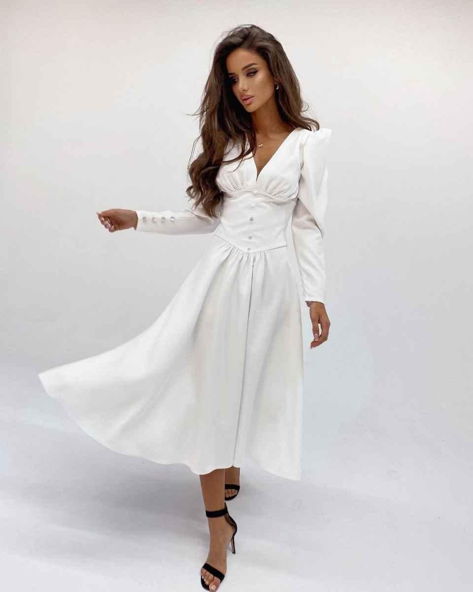 Модные белые платья для Нового Года 2021 фото_18