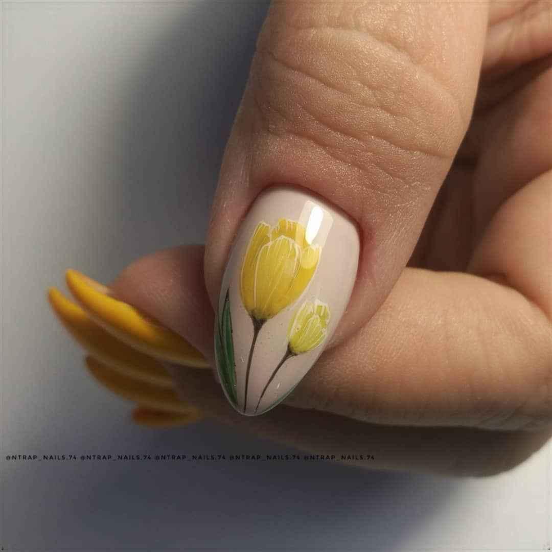 Тюльпаны на ногтях фото_15
