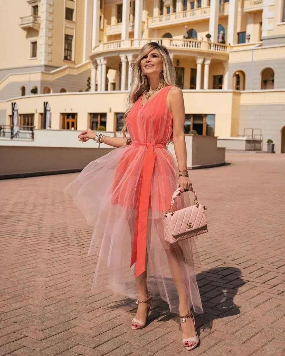 Вечерние платья на свадьбу для девушек 30 лет фото_42