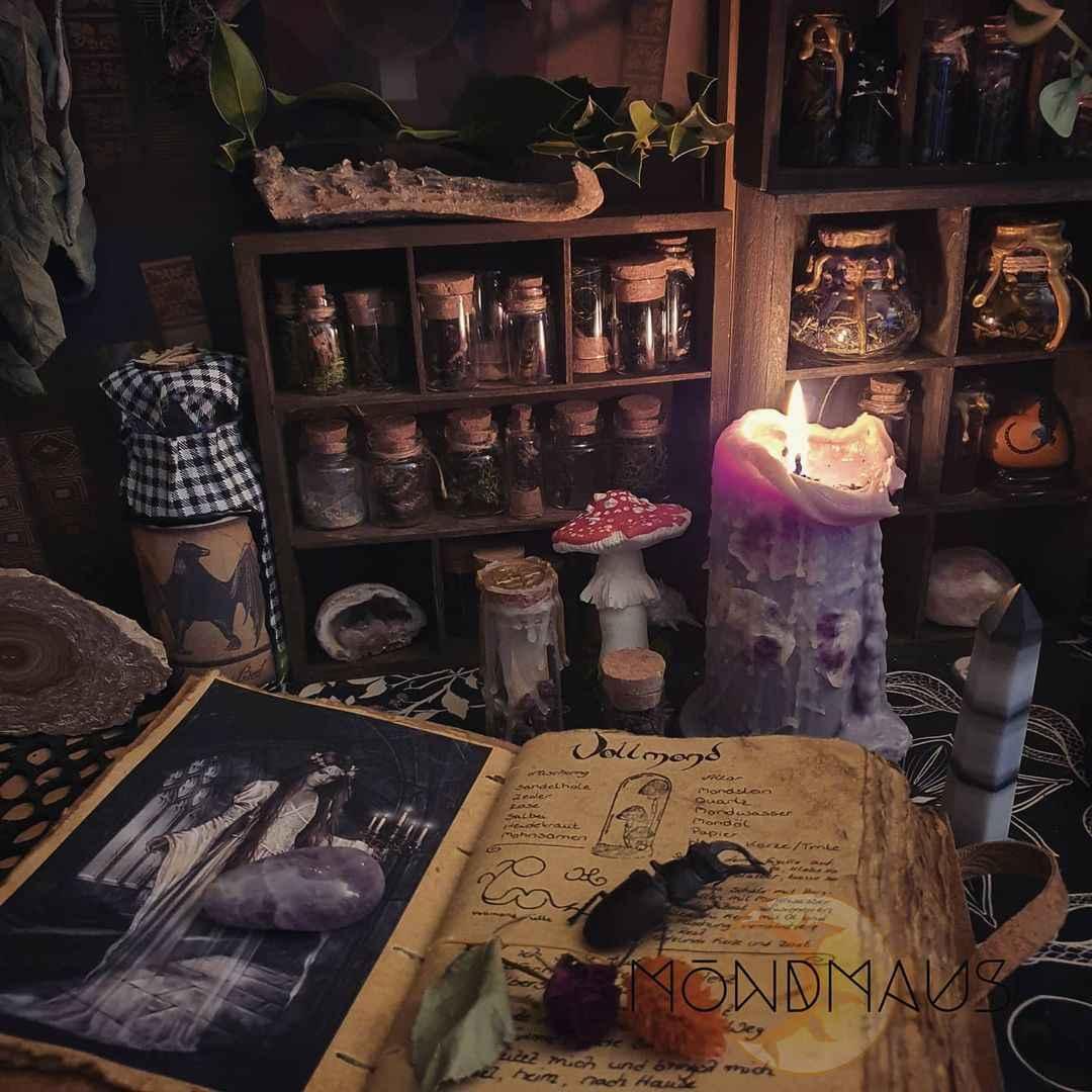 как создать алтарь ведьме фото_11